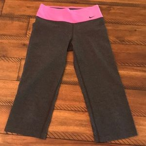 Nike Dri-Fit Pink & Gray yoga capris size Small